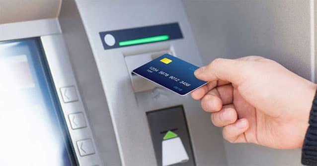 Xemsố dư tài khoản Vietinbankbằng cây ATM